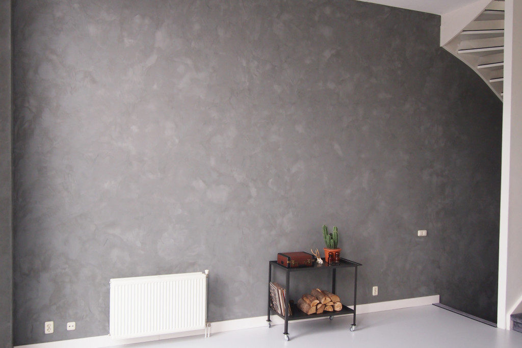 Betonlook verf muur. finest variant betonpasta is je budget nou niet